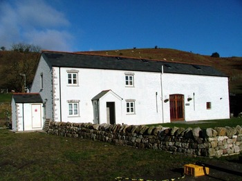 budget group accommodation in Brecon Beacons